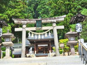 櫻山八幡宮二の鳥居
