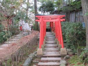 金澤神社神門通路