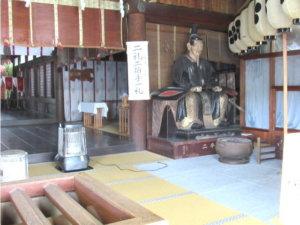 高岡關野神社拝殿左