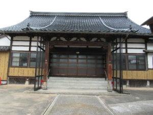 西願寺本堂