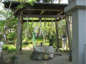 中川熊野神社の手水舎
