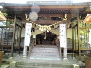 大木白山社の社殿