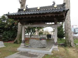 建石勝神社の手水舎