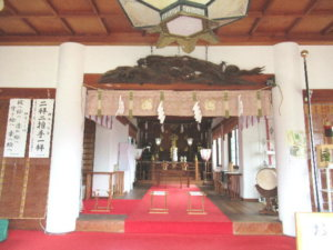 新川神社 拝殿