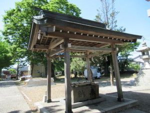 岩瀬諏訪神社 手水舎