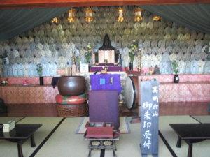佛石寺千体地蔵堂