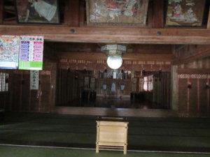 井波八幡宮拝殿