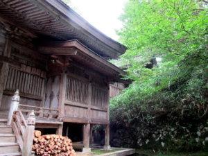 井波八幡宮本殿