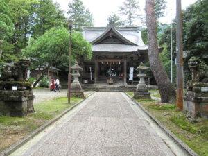 井波八幡宮社殿