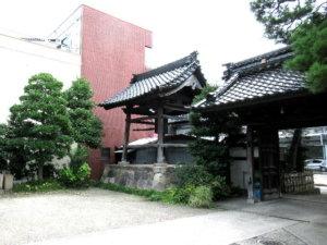 妙国寺鐘突き堂