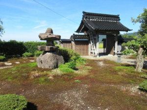 長興寺境内