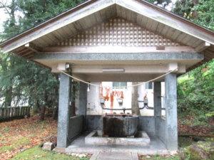 宇奈月神社手水舎